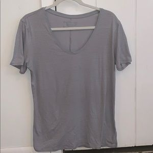 Lululemon - Short Sleeved Shirt - Gray - Size 8